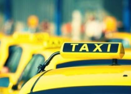 Taxi drivers sue the state